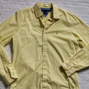 Tommy Hilfiger men's yellow Button down size S